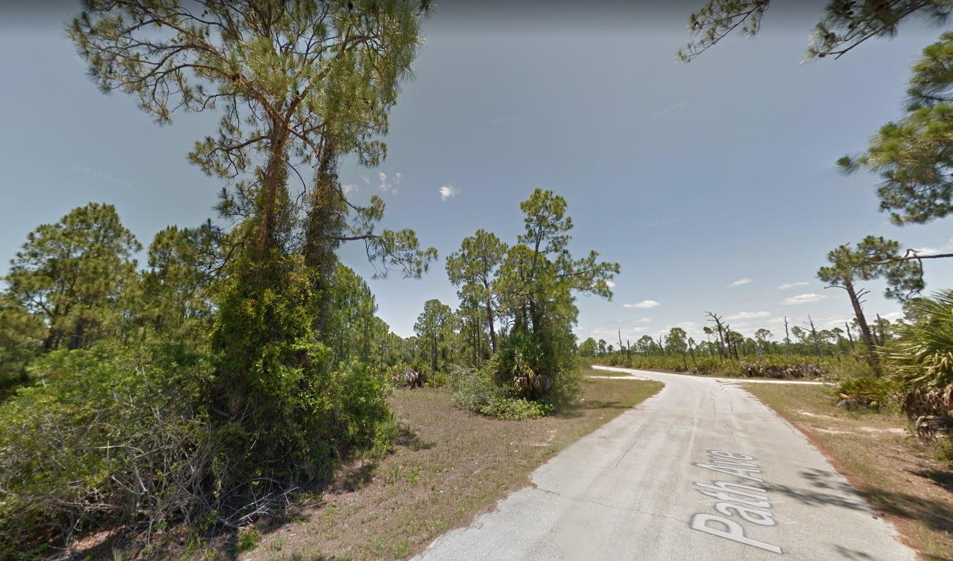 13375 Path Ave, Punta Gorda, FL 33955